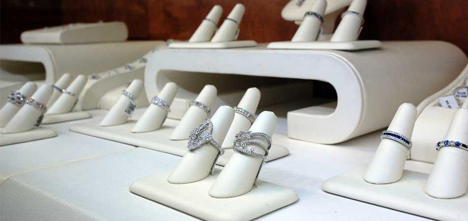 sapphire diamond bands austin